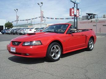 Fundraiser Raffle – 2003 Ford Mustang Convertible